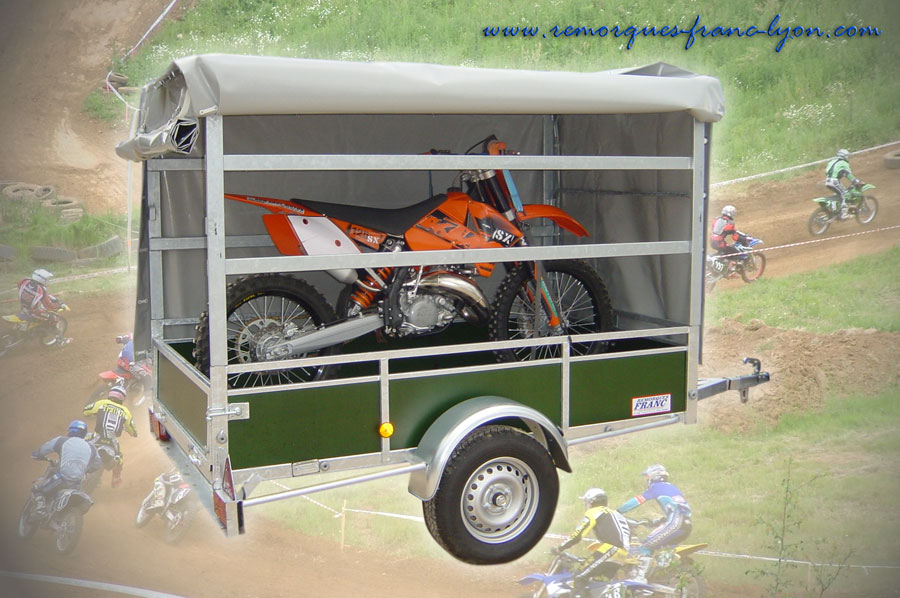 Remorque moto bach e bande transporteuse caoutchouc for Bache moto exterieur